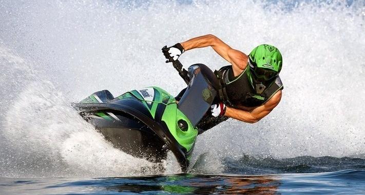 Станьте частью истории с аквабайком Kawasaki 800 SX-R